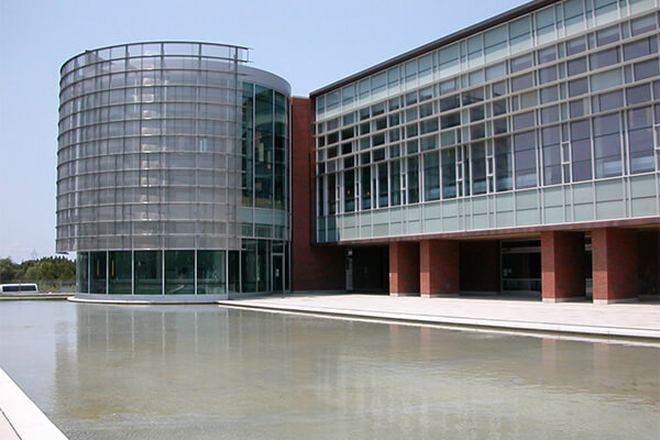 Architectural-Project-University-of-Ontario-tiles-with-Holten-Impex-Canada.jpg
