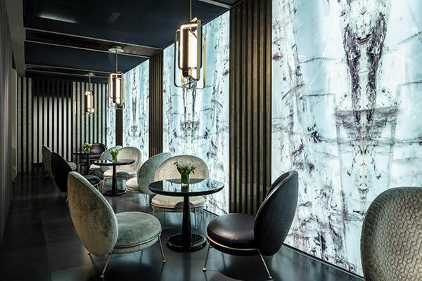 sicis-gem-glass-accent-feature-wall-toronto-ontario-canada.jpg
